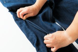 特殊な糸加工により可能になったメカニカルストレッチ。