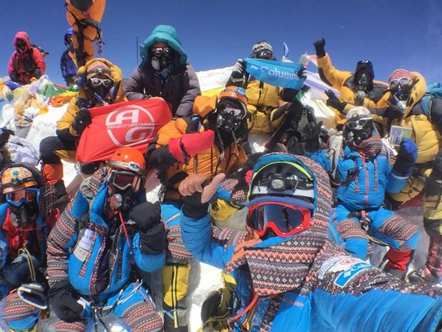 IMG_3833 エベレスト山頂集合