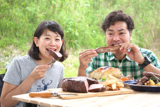 本誌でおなじみの蓮池陽子さ んと長谷部雅一さんがアメリ カンスタイルBBQでおもて なしします!