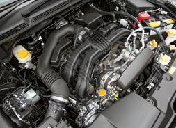 試乗車 のエンジンは2ℓ。加速、静粛性能を磨き上げている。旧型同様、1.6ℓモデルも用意される。
