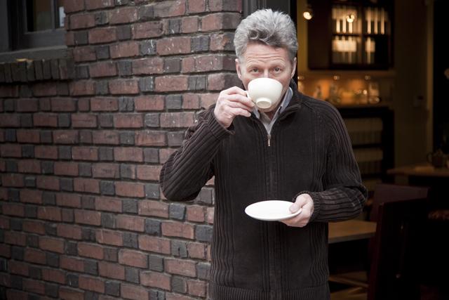 米国紅茶業界では知る人ぞ知る、カリスマティーメーカーのスティーブン・スミス氏。