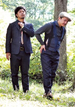 左から、 溝口祐毅さん (ファンキーオルガン)、 吉川 衛さん(ベース)