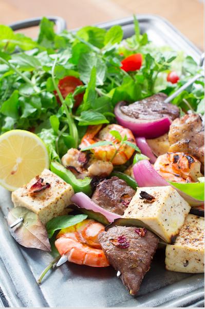 肉類はもちろん、魚介類や野菜とも相性抜群! お肉の代わりに豆腐にすり込めば、ヘルシーな一品に。仕上げにレモンを搾っても。