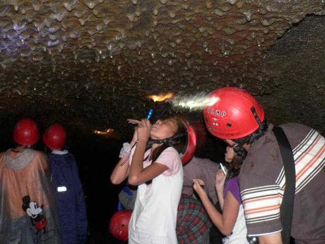 溶岩洞窟探検 (9)