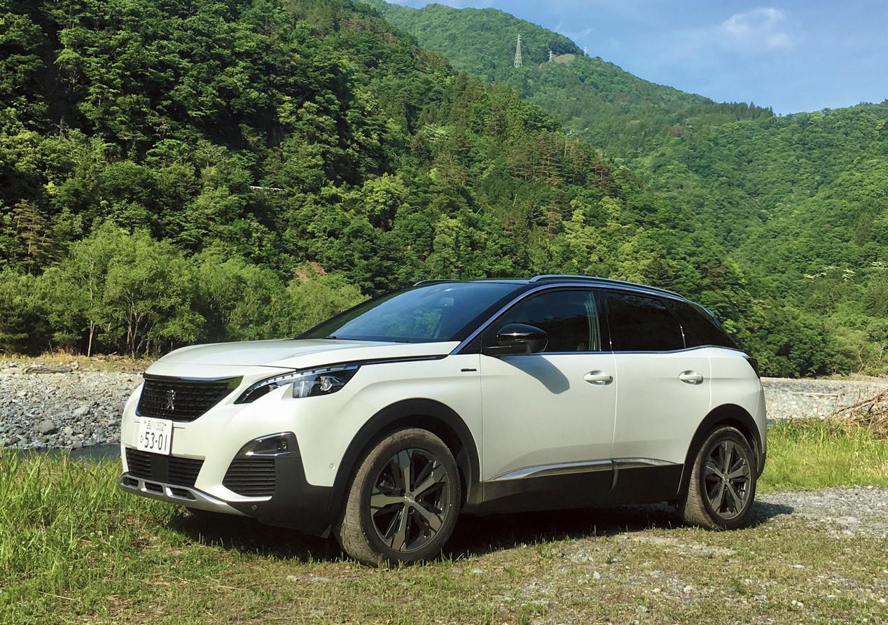 プジョーの新型SUV「3008」は、控えめな排気量の1.6Lエンジンを積み、4WDの設定はなし。